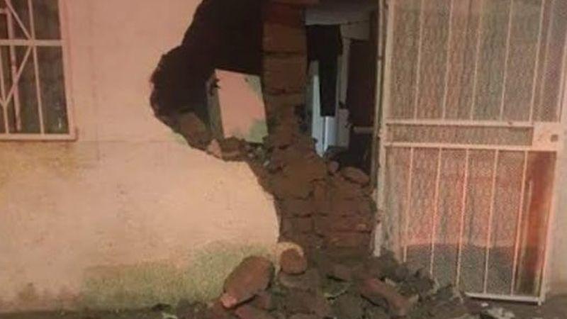 Conductor ebrio daña una vivienda; vecinos desahogan su furia con golpiza hacia él