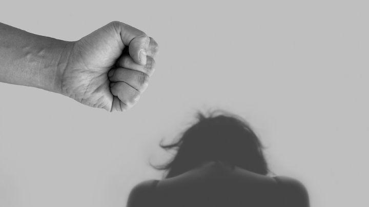 Hombre viola a su expareja en hotel; la había citado para conversar acerca de su hijo
