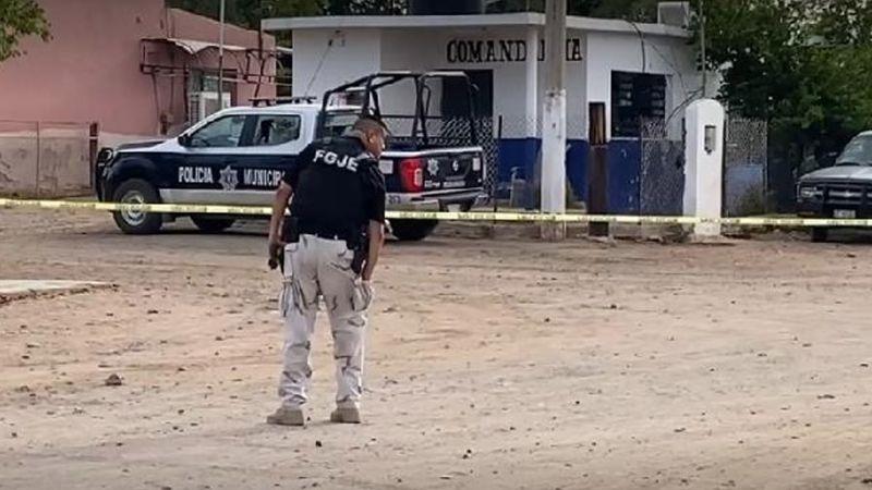 Violento domingo: Comando armado rafaguea patrulla y comandancia; hay un policía lesionado