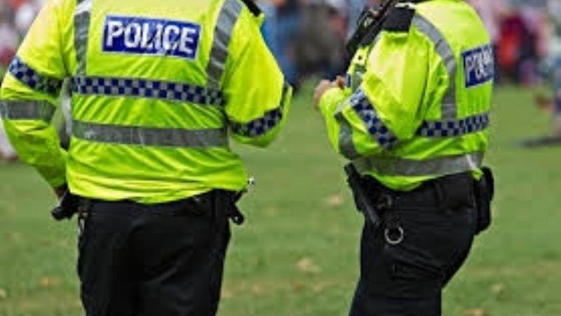 Fatal ataque: Balean a dos hombres cerca de estadio de fútbol; uno perdió la vida