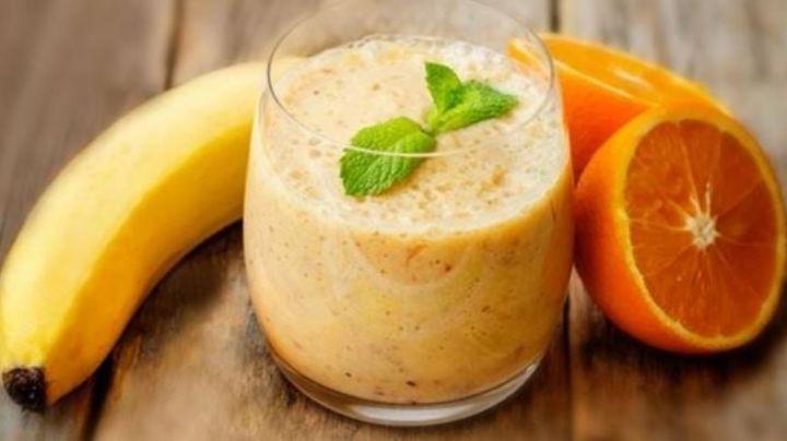 Olvídate de la cruda del fin de semana con este jugo de naranja y plátano