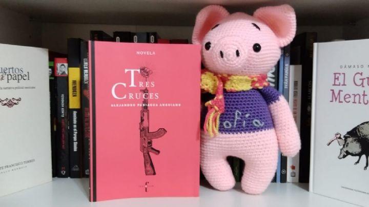 Conoce a 'Nono' el cerdito Booktuber que discute sobre literatura 'underground'