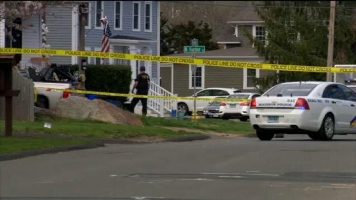 Tiroteo en Connecticut: Hombre armado muere tras atrincherarse en un salón de belleza