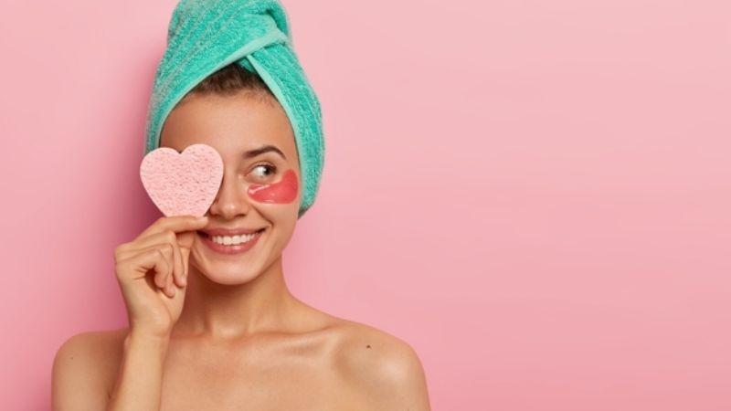 Dale a tu rostro el mejor cuidado con los productos de 'skincare' de Farmacias Benavides