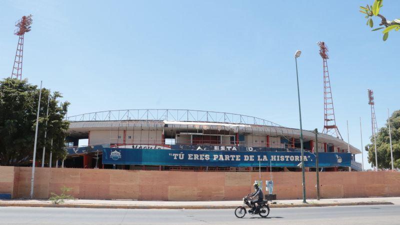Tomás Oroz Gaytán, la antigua casa de los Yaquis de Obregón se transforma en la escuela de béisbol de AMLO