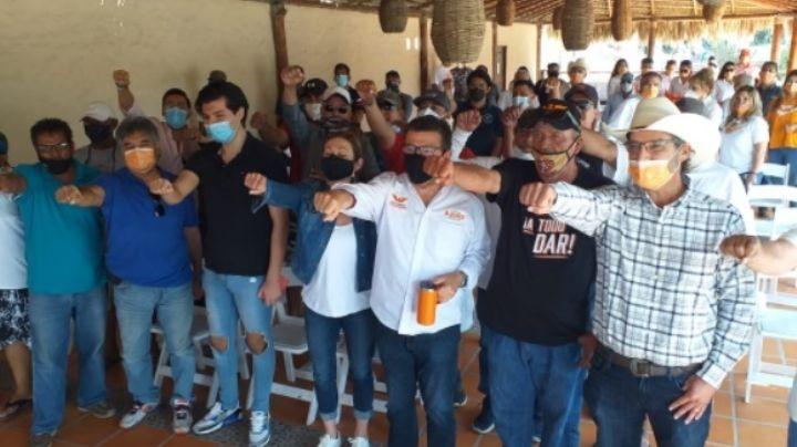 Sonora: Ricardo Bours se compromete a impulsar el turismo en San Carlos con muelle turístico