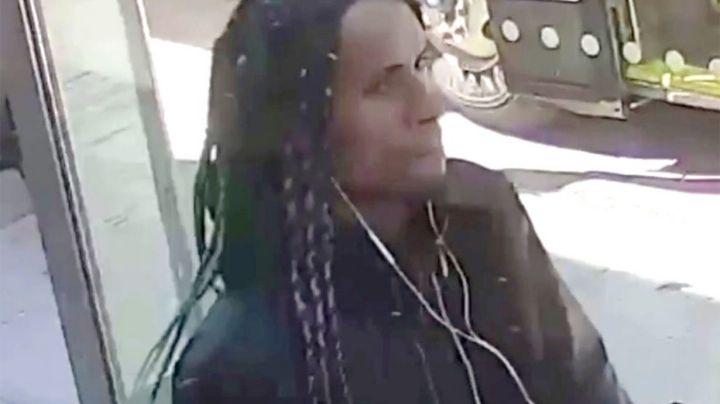 Ataque racial: Hombre ofende a una joven asiática e intenta golpearla en Manhattan
