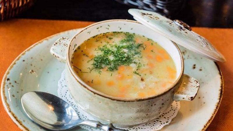Prepara esta rica sopa juliana y deslumbra a todos con tus habilidades culinarias