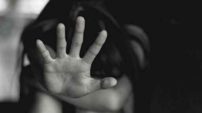 """""""Me viola cuando mami trabaja"""": Niña de 9 años revela brutal infierno; su padrastro abusó de ella"""