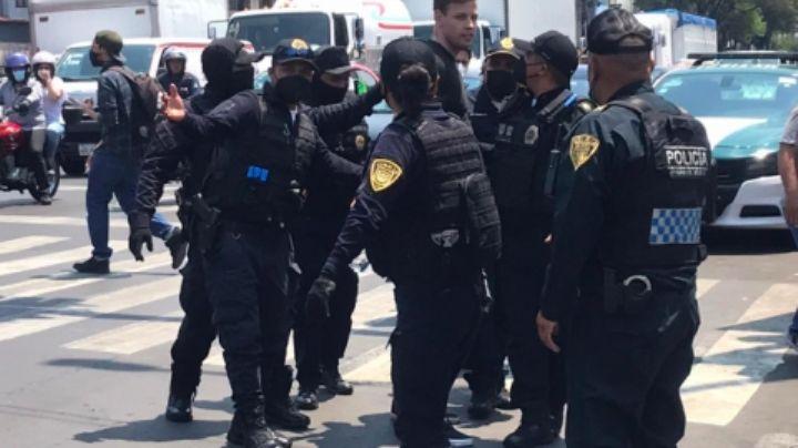 Sufría de alzheimer: Policías someten a joven europeo en la Ciudad de México