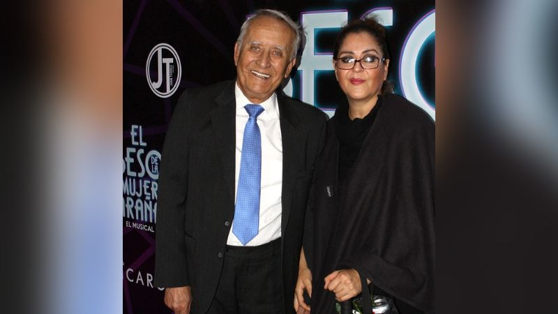 Patricio Castillo: En funeral del actor de Televisa su viuda e hijos protagonizan discusión