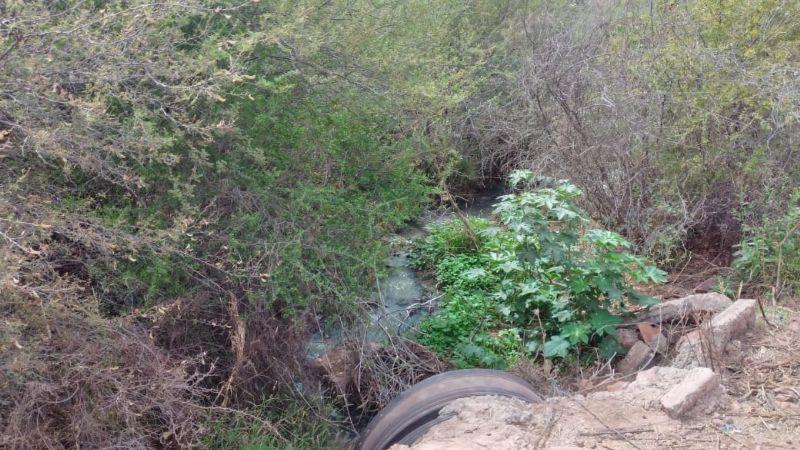 Niños de casa hogar en Guaymas en riesgo por drenaje expuesto