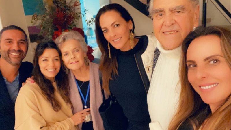 Familia de Kate del Castillo acude a la FGR; buscan justicia y reparación integral del daño