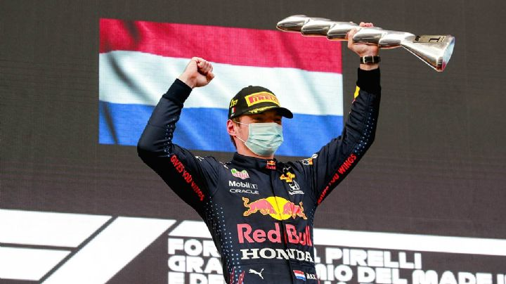 Verstappen se impone en el GP de Emilia-Romagna; 'Checo' Pérez finaliza 12
