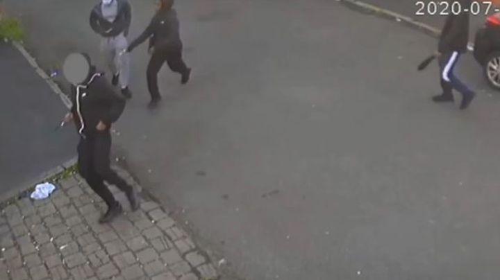 Jóvenes pandilleros matan a puñaladas a un rival y graban un video rapeando del crimen