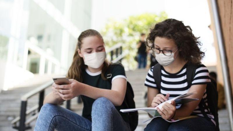 ¡No son inmunes! Jóvenes recuperados de Covid-19 pueden volver a enfermarse