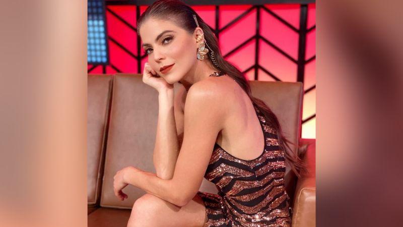 Esmeralda Ugalde enloquece Instagram al lucirse desde TV Azteca en brillante vestido