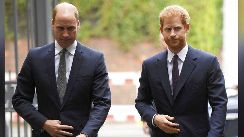Príncipe Harry y William se unen en apoyo a la Reina Isabel II en funeral del Príncipe Felipe