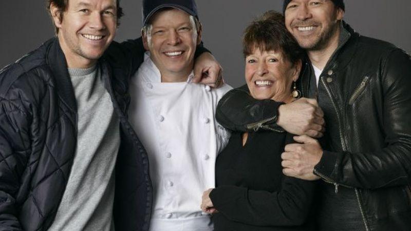 """""""Mi ángel, descanse en paz"""": Fallece madre de Mark Wahlberg; así la despiden en redes"""