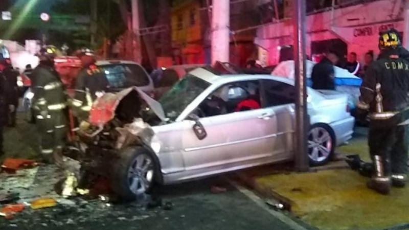 Choque de vehículo deportivo deja 2 muertos y 2 lesionados en Iztapalapa