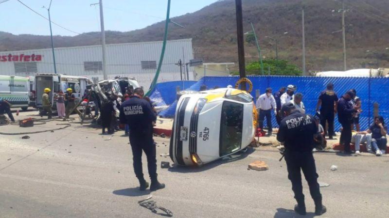 VIDEO: Fatal accidente vial en Tuxtla Gutiérrez deja sin saldo de 18 heridos y un muerto