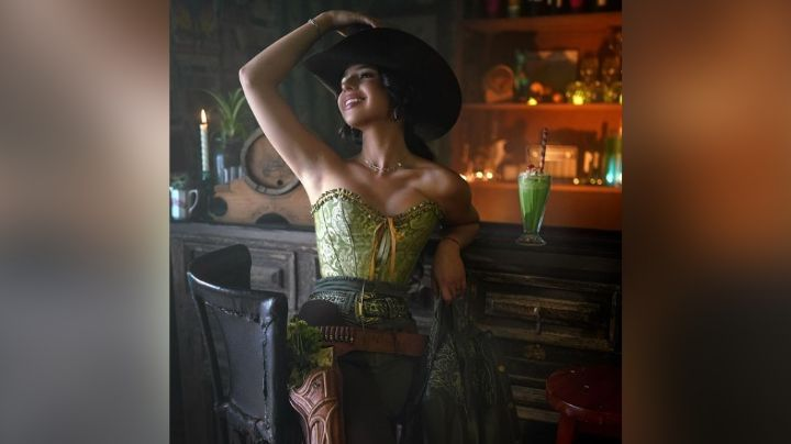 Ángela Aguilar deleita Instagram con irresistible baile en coqueto 'outfit'