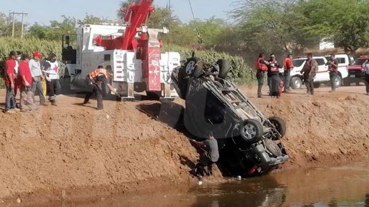 Tragedia en Valle del Yaqui: Muere ahogado conductor de camioneta al caer a canal de riego