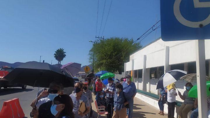 Segunda aplicación de vacuna contra el Covid fue desordenada en Guaymas