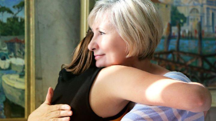 ¡Grandes noticias! Las personas vacunadas pueden reunirse en interiores sin usar cubrebocas