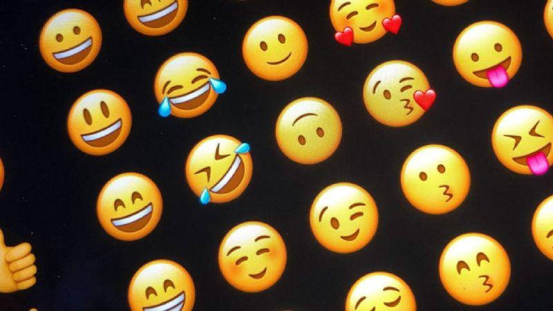 ¿Usas alguno de estos emojis? Estudio asegura que ya estás pasado de moda