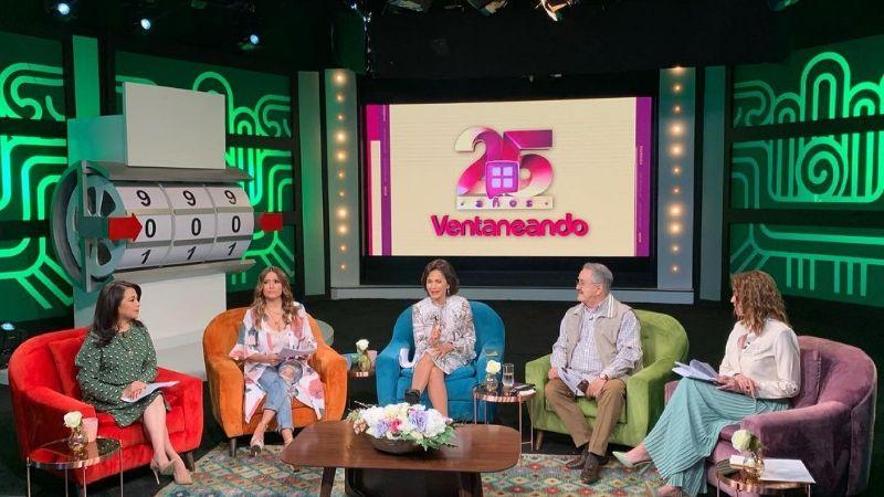 Críticas bombardean a conductor de TV Azteca; lo acusan de vacunarse contra Covid-19 en EU