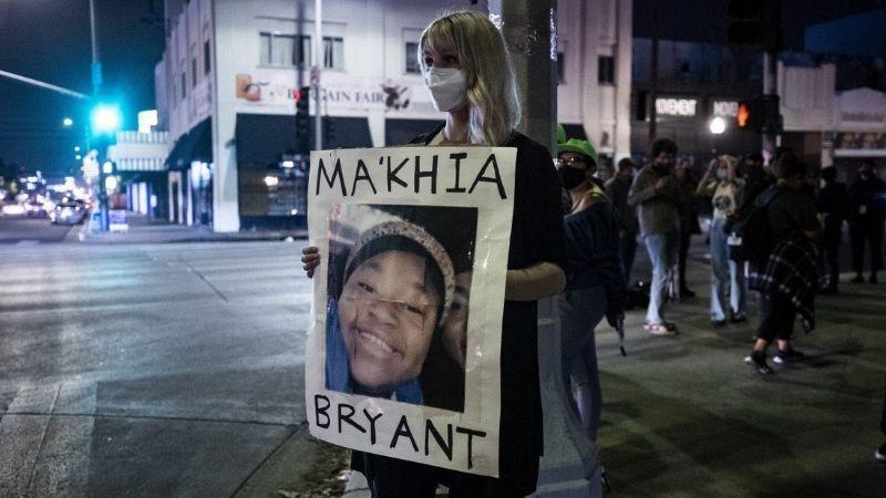 """VIDEO: """"¡Es solo una niña!"""": Joven afroamericana es asesinada a tiros por policías en Ohio"""
