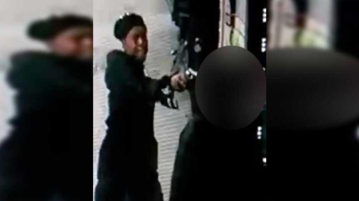 VIDEO: Así fue como una mujer de NY asesinó por la espalda a su expareja