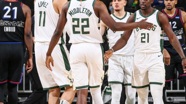 Los Bucks de Milwaukee frenan su caída; imponen condiciones y derrotan a los 76ers de Filadelfia