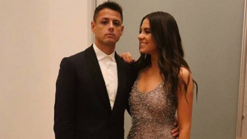 Amiga de Sarah Kohan 'balconea' al 'Chicharito'; confirma que el futbolista pidió el divorcio