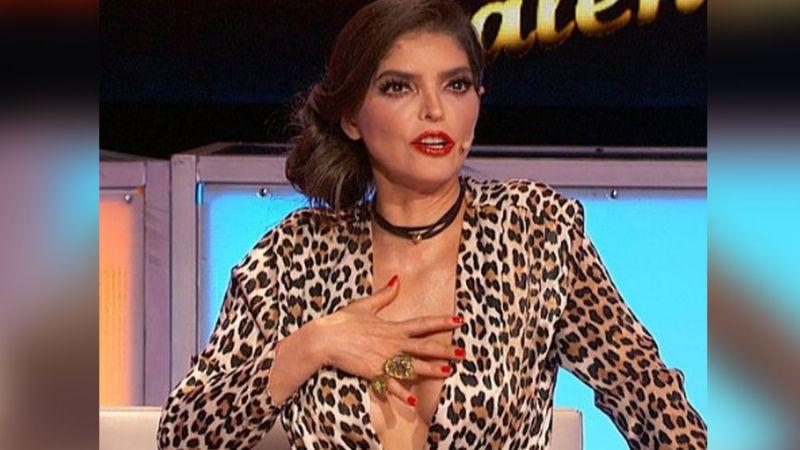FOTO: Ana Bárbara enloquece corazones al aparecer en 'TTMT' con coquetas medias negras