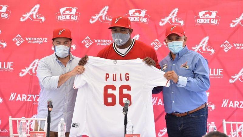 Yasiel Puig es presentado oficialmente como parte de El Águila de Veracruz