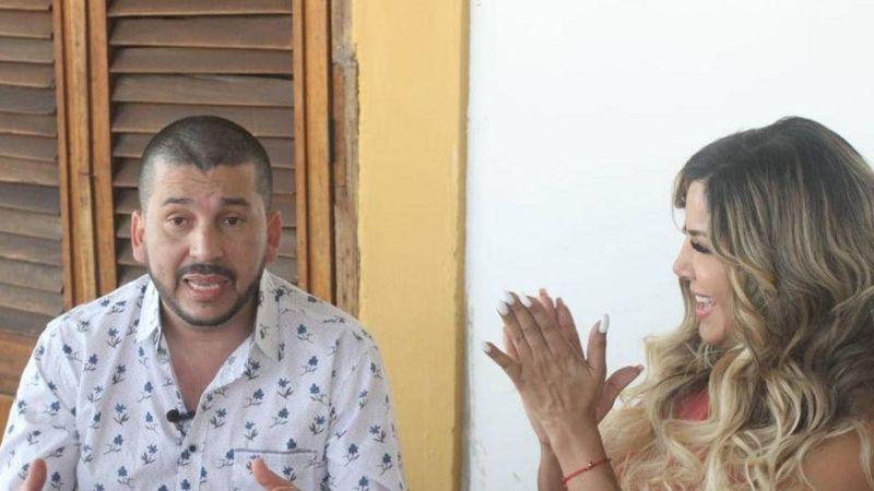 Exvocalista de Los Recoditos aparece muy juntito a Aleida Núñez ¡y se los comen vivos!