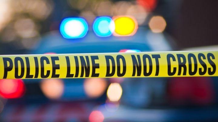 Padre jugaba con una pistola y, por accidente, le disparó a uno de sus hijos en el abdomen