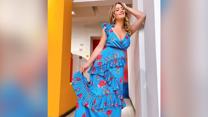 Andrea Legarreta roba corazones en Televisa en coqueto 'outfit' de mezclilla