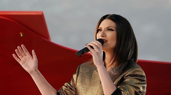 ¡Despampanante! Así llega Laura Pausini para la entrega de los Premios Oscar