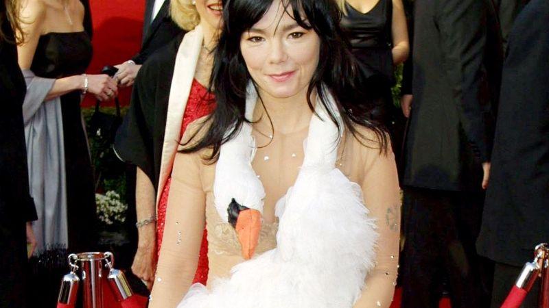 ¡De terror! Estos son los vestidos más feos en la historia de los Premios Oscar
