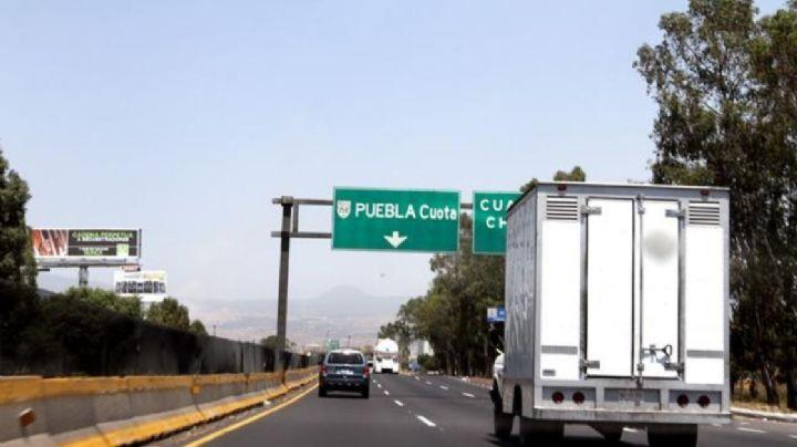 Arrollan a 'abuelito' en autopista de Edomex; el conductor hace a un lado el cadáver y se fuga