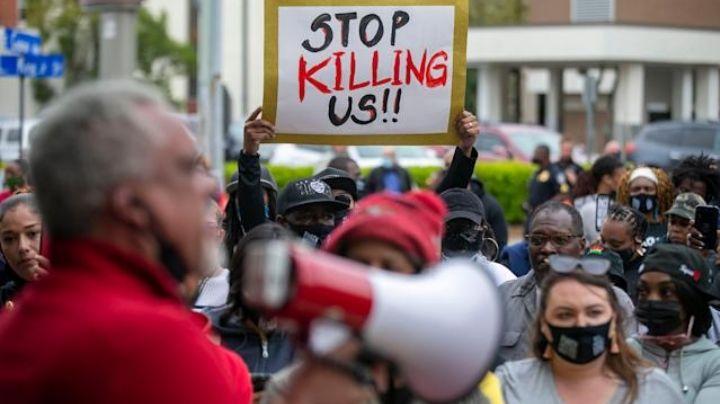 Lamentable: Hombre afroamericano es baleado en la nuca por policías en Carolina del Norte