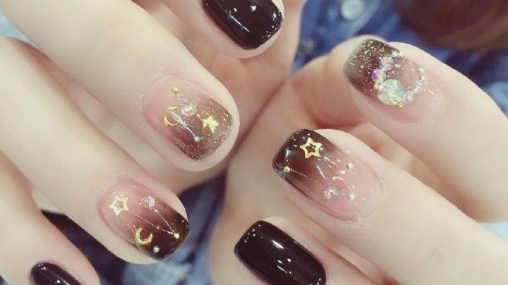 ¡Brilla más que el sol! Estos diseños de uñas con toques dorados te darán un gran estilo