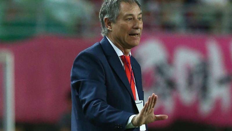 Uno de los candidatos para dirigir a los Tigres de la UANL renuncia a su equipo