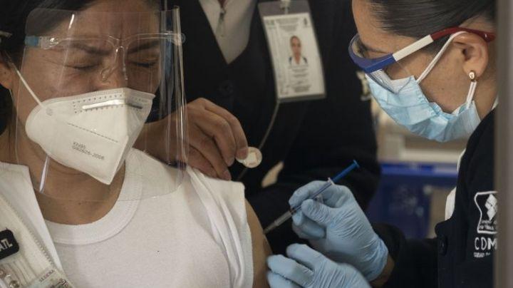 Vacuna Covid-19: Así se pueden registrar las personas de 50 a 59 años y esto se necesita