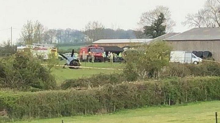 ¡Tragedia en Inglaterra! Avión aterriza de emergencia cerca de construcción; hay dos heridos
