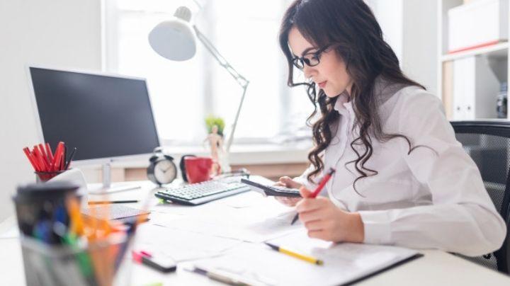 Luce como toda una profesional al armar tus 'looks' de oficina con prendas de SHEIN