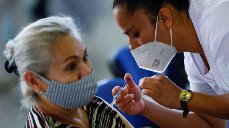 Reportan nueva falla en plataforma para registro de vacunación contra Covid-19